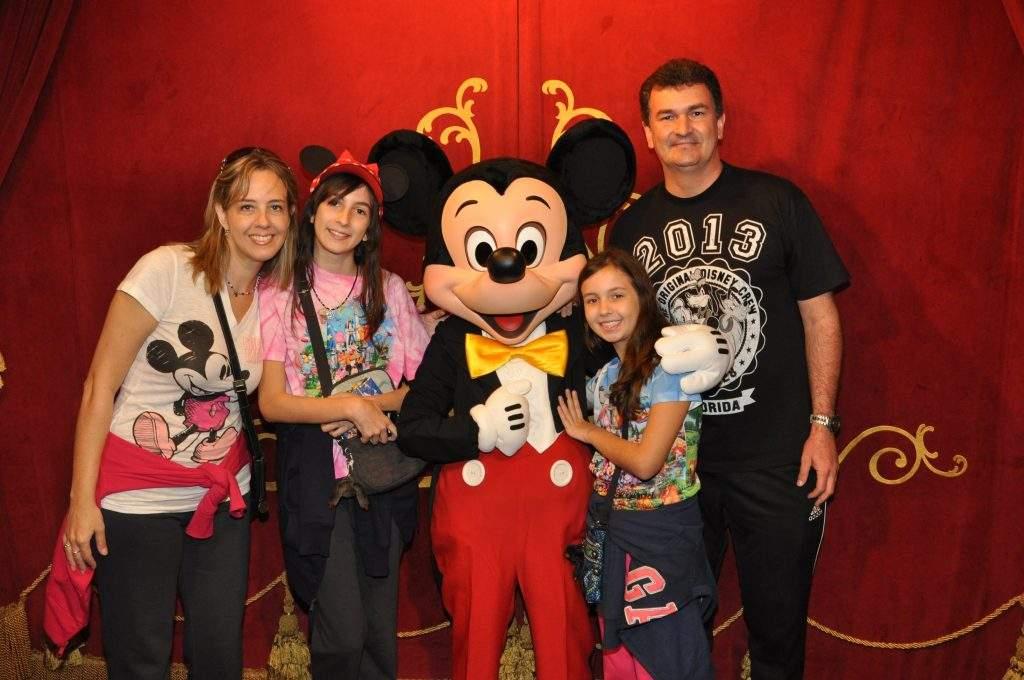 disney-magic-kingdom-eua-orlando-dica-viagem-mickey-família