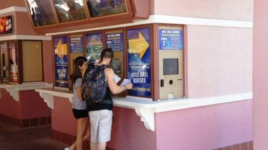 universal-studios-florida-ticket-counter-quiosque-entrada