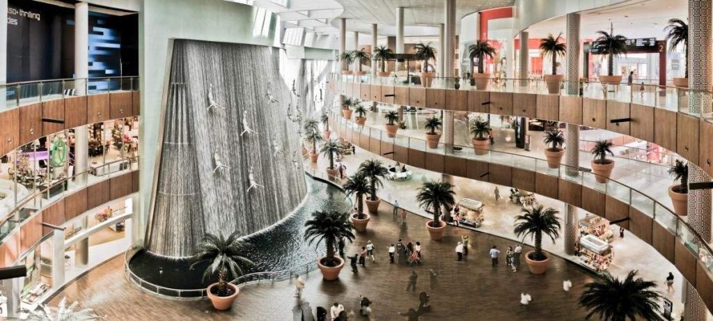 Dubai-Mall-Fountain-Pano_2326x1046