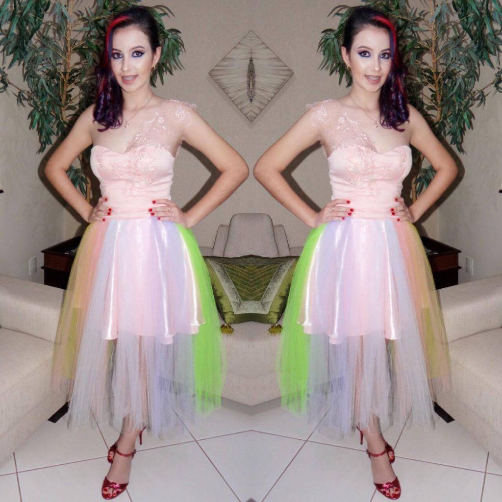 Dossi festa de 15 anos vestido inspirado em unic rnio for Decoracion 15 anos unicornio